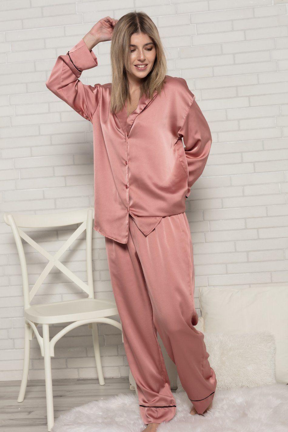Pijama satinado rosa